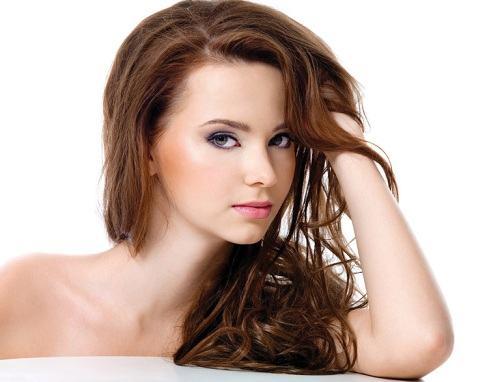 Chọn dầu gội dành cho tóc nhuộm loại nào tốt 1