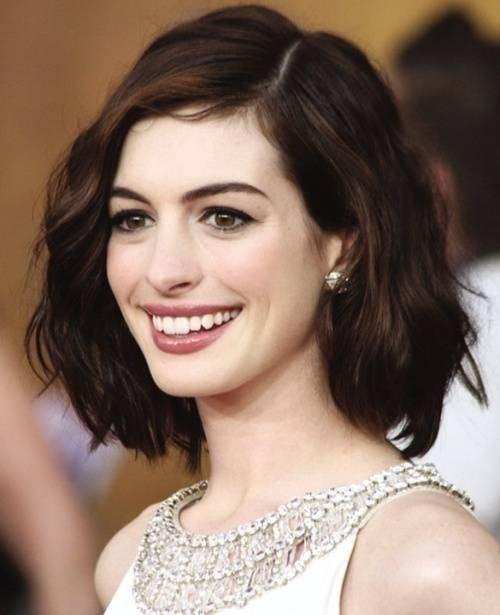 Các kiểu tóc ngang vai cho tuổi 40 trẻ trung so với tuổi thật 6