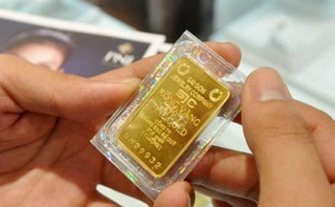 Nên mua vàng ở đâu? Nên mua vàng SJC, 9999 hay PNJ?
