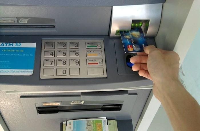 Làm thế nào để rút tiền thẻ tín dụng tiện lợi & nhanh chóng?