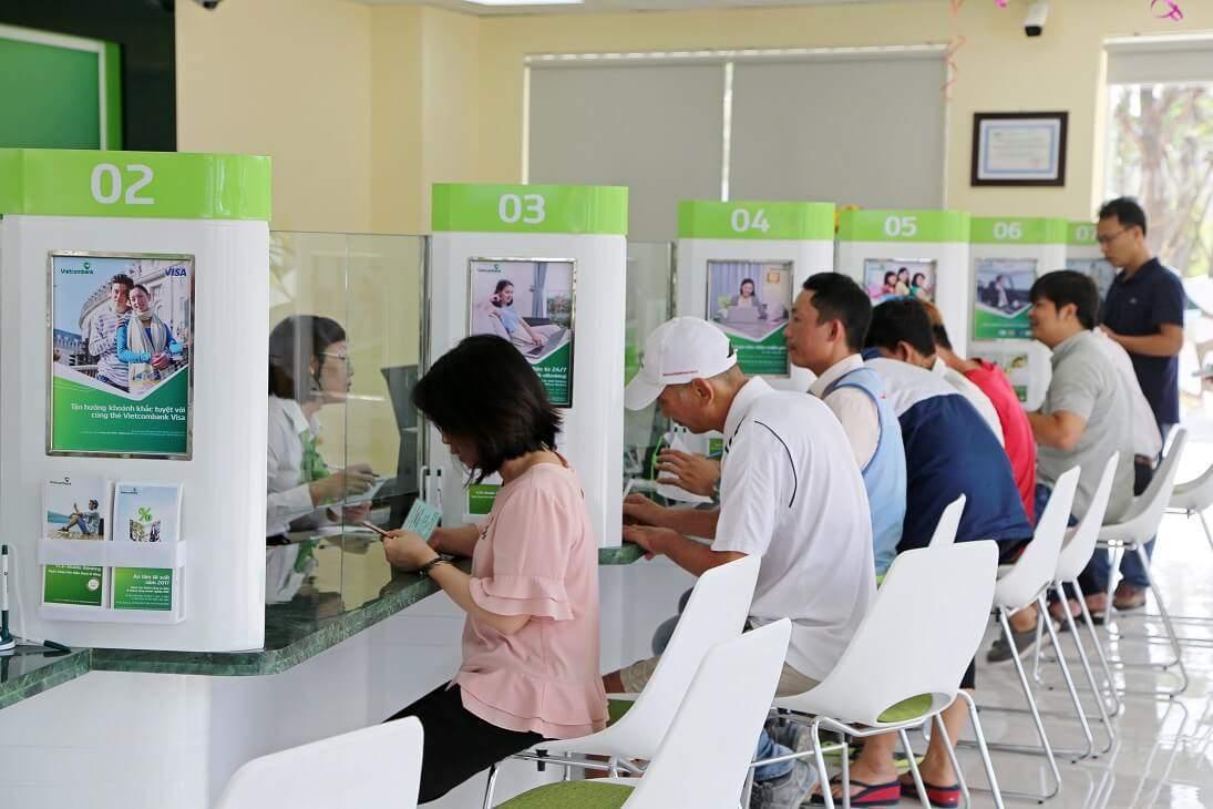 Giờ hoạt động của ngân hàng Vietcombank