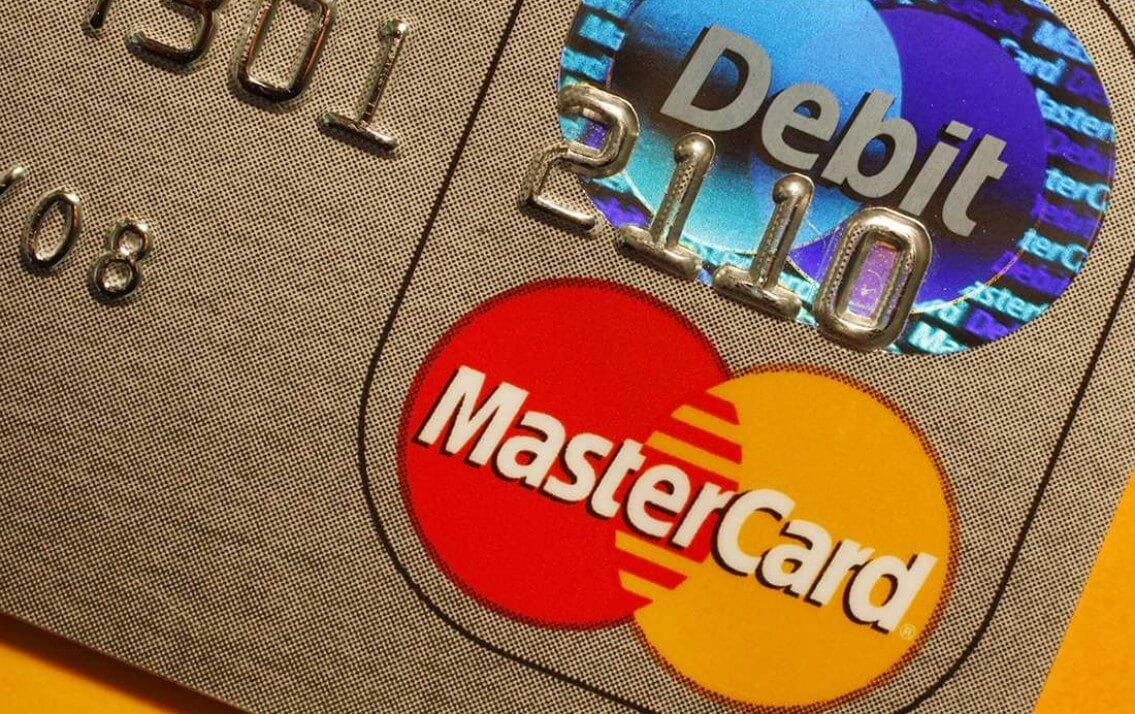 Thẻ Mastercard Sacombank